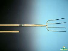 Mestvork OFF.4tands brons+knopstl 135cm
